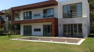 Yalıkavak'ta Deniz Manzaralı, Havuzlu Villa