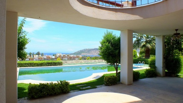 Luxus-Anwesen-mit-Meerblick-Yalikavak 18
