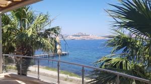 Yalıkavak Tilkicikte Denize 20 Metre Manzaralı Üst Kat Residence