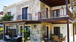 Yalıkavak Kızılburunda Prestijli Sitede Kiralık Manzaralı Villa