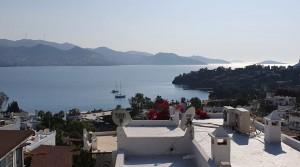 Yalıkavak Küdür'de Muhteşem Manzaralı Plajlı Sitede Dublex Villa